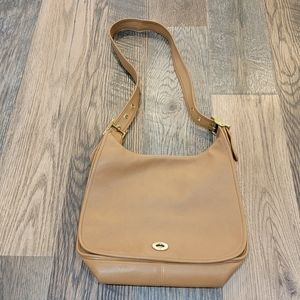 Coach legacy flap all leather bag